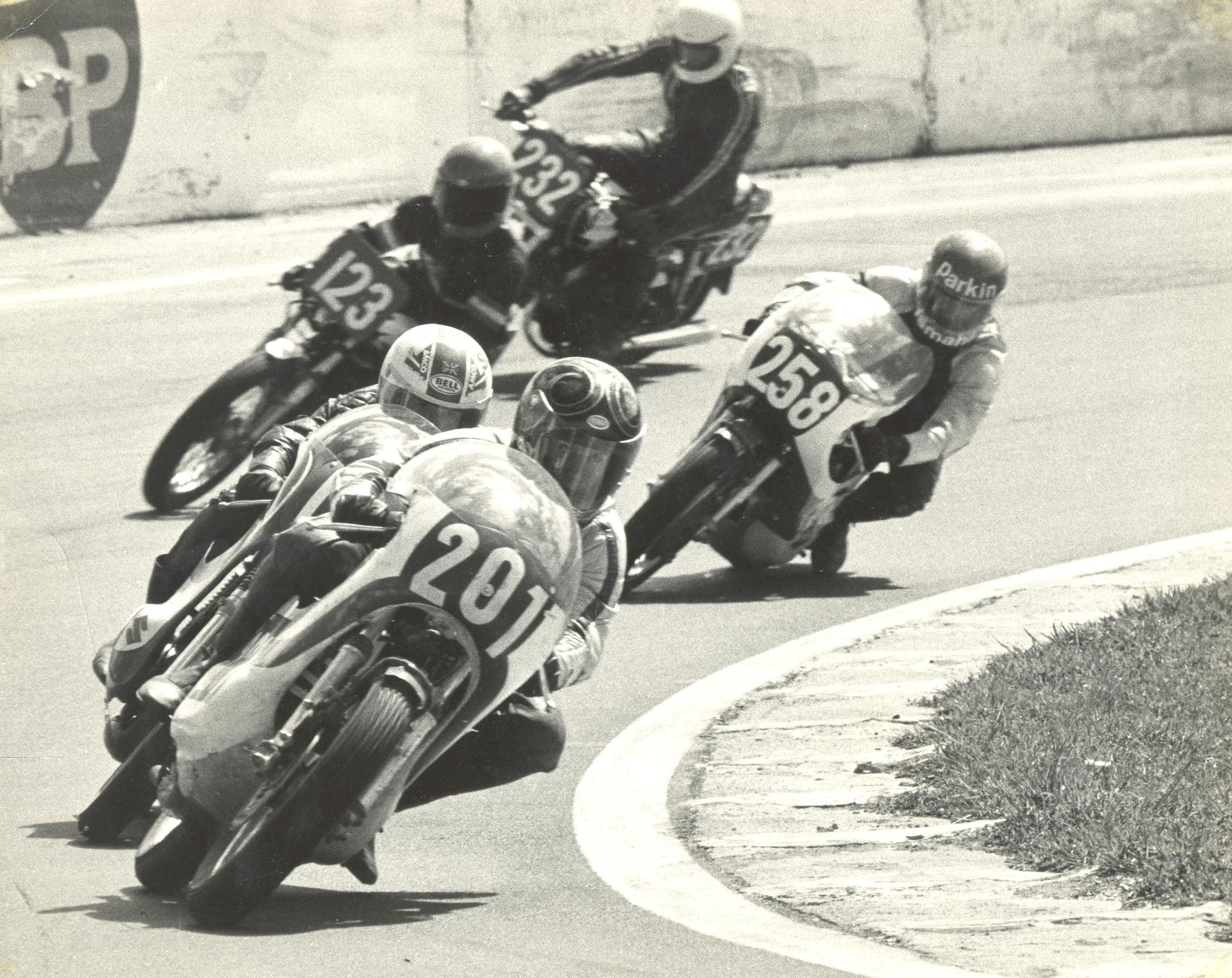 1974 Lee and Jeff Parkin (No.258)